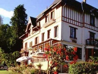 Villa Bois Joli Bagnole De L Orne