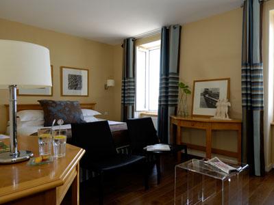 baln o et spa h tel la baie des anges brest brest. Black Bedroom Furniture Sets. Home Design Ideas