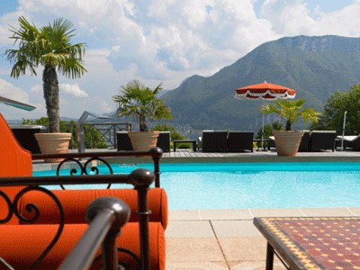 Massage baln o et sois bien tre h tel les tr soms for Hotel piscine annecy