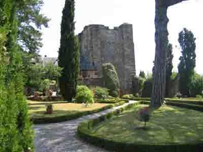 Jardin-jardin-du-chateau-de-turenne-6741