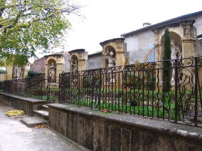 jardin du monument joseph sec aix en provence. Black Bedroom Furniture Sets. Home Design Ideas