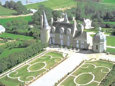 Jardin fran ais et parc du ch teau des rochers s vign vitr for Le jardin francais
