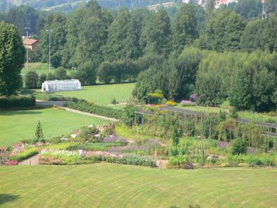 Jardin pour la terre arlanc for Jardin a visiter 78