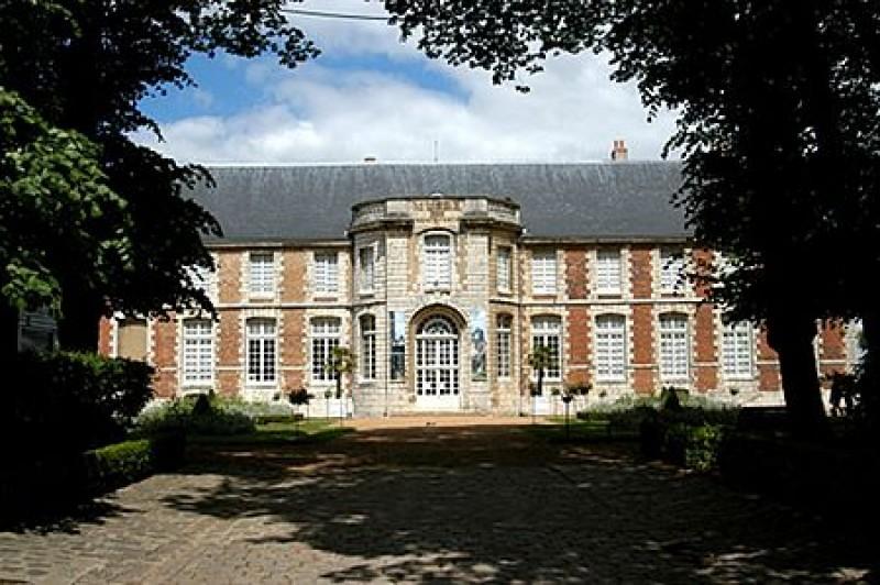 Hotel De Ville Chateau Gontier Horaires