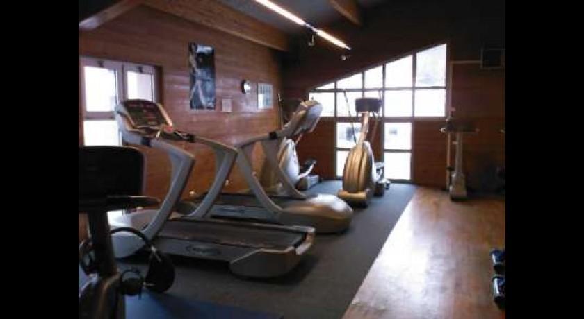 Centre de sport de remise en forme et de relaxation les for Remise en forme
