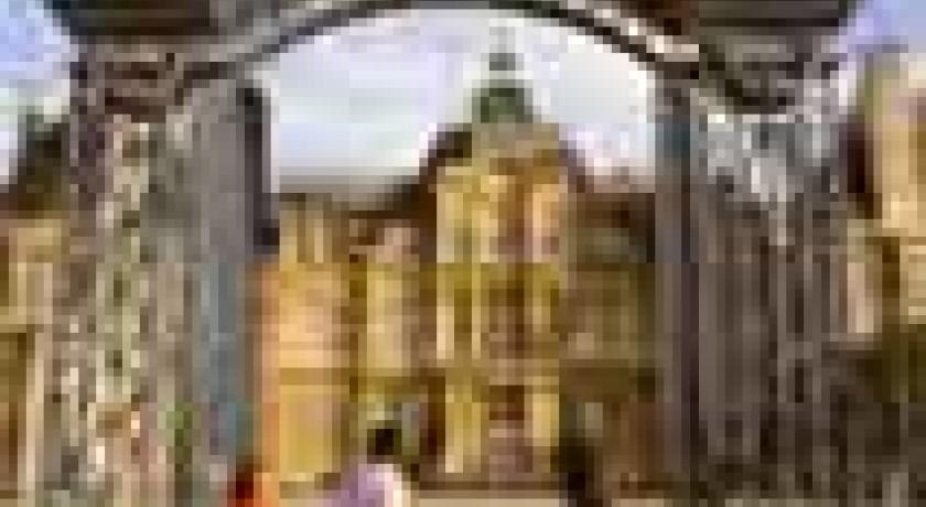 A visiter maisons laffitte lieux touristiques a visiter for Lieux touristiques yvelines