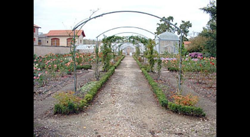 Ch teau lanessan cussac fort medoc tourisme parc et jardin for Chateau lanessan