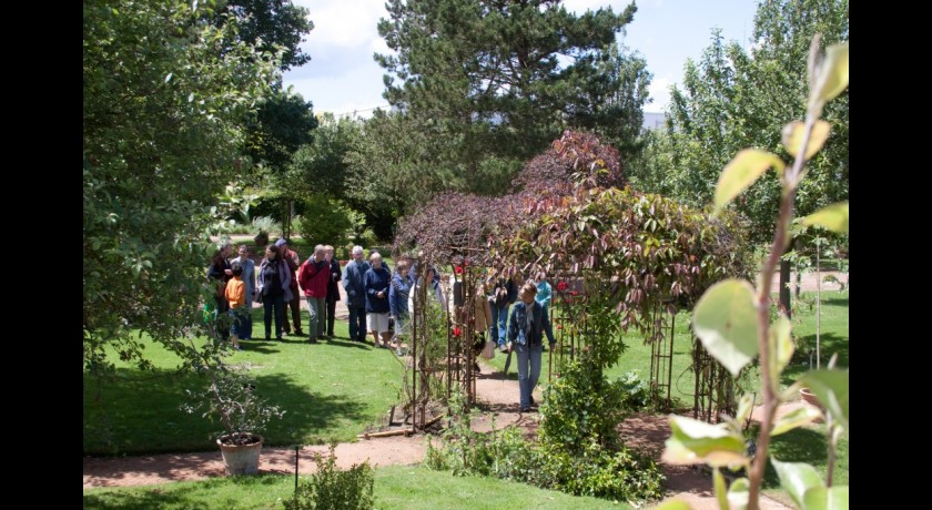 Jardin botanique yves rocher la gacilly tourisme fleurs et for Jardin yves rocher