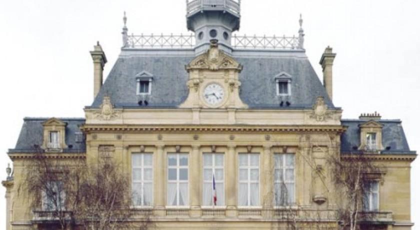 Monuments asni res sur seine lieux touristiques monuments for Asnieres sur seine piscine