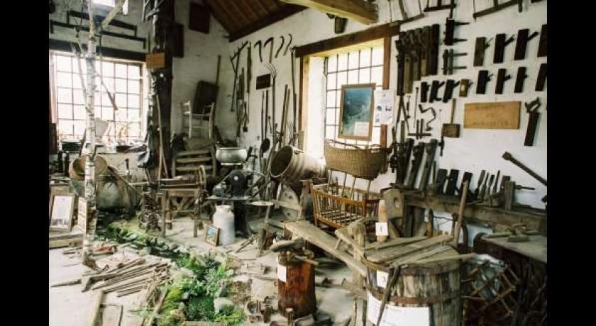 tourisme-la-maison-des-outils-d-autrefois-17337.jpg
