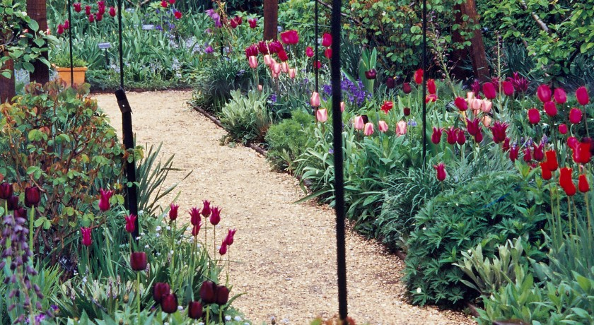 Labyrinthe jardin des cinq sens yvoire tourisme class for Le jardin des 5 sens