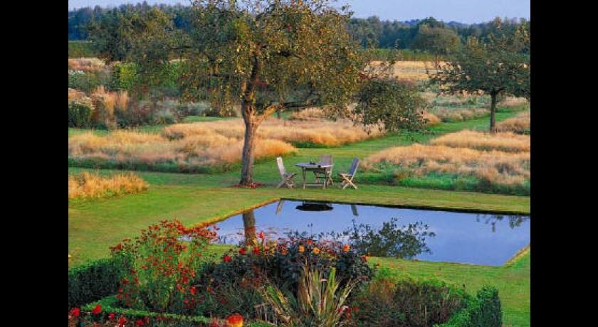 Le jardin plume auzouville sur ry tourisme for Le jardin plume