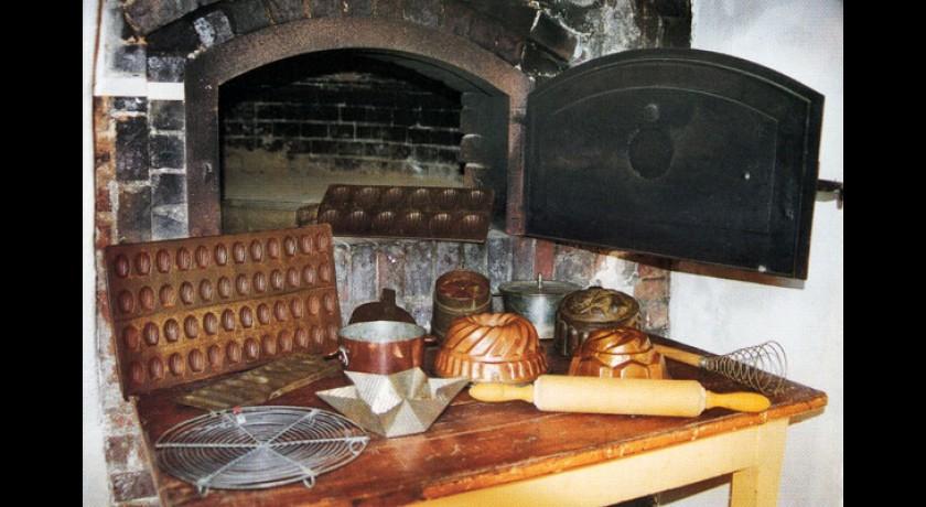 Mus e des ustensiles de cuisine d 39 autrefois montcorbon for Site ustensiles cuisine