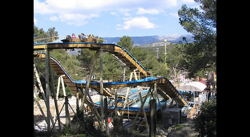 Parc D'attraction Ok Corral  Cuges-les-pins