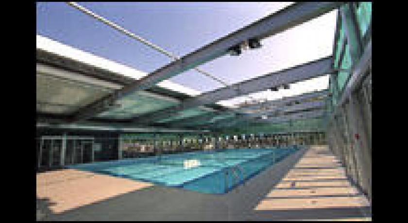 Sports et loisirs nice lieux touristiques sports et for Piscine jean bouin nice